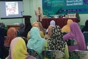 Bangkitkan Ekonomi Ummat, Muslimat Dewan Dakwah gelar Pelatihan Bisnis Keripik Singkong